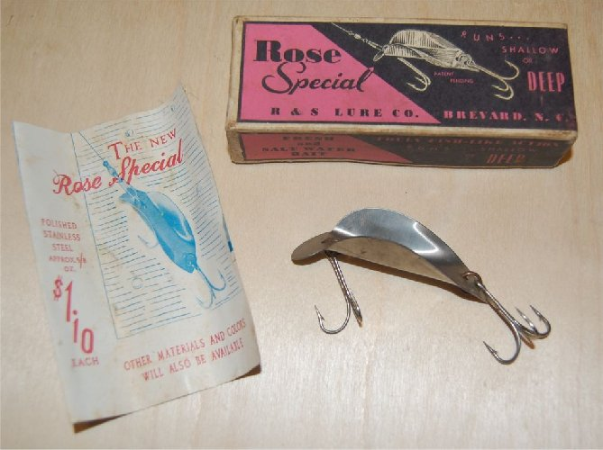 Joe's Old Lures - Antique Carolina Lures - Antique Fishing