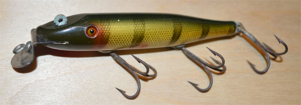 Creek Chub Pikie 701 (perch) - Click Image to Close