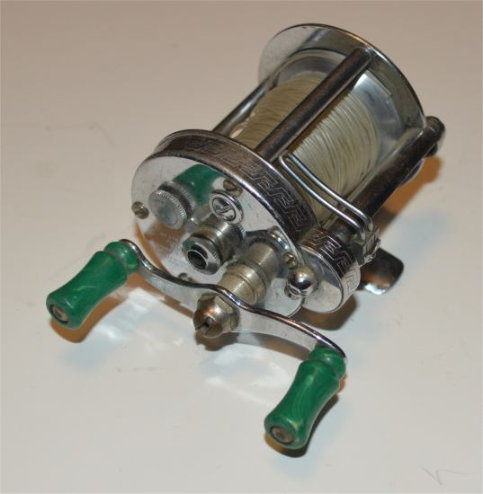 Pflueger - Pflueger Akron Level-wind Casting Reel #1893 - Click Image to Close
